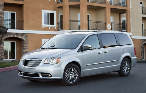2013 chrysler town country minivan popularity continues mt ephraim chrysler dodge ram. Black Bedroom Furniture Sets. Home Design Ideas